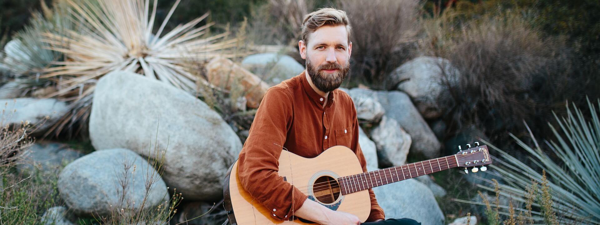 32_Acoustic_Adventure_Paul